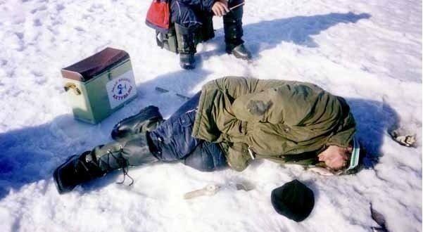 Как выбрать уловистое место на зимней рыбалке? И поймать крупную рыбу