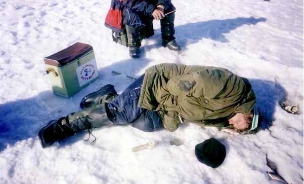 Как выбрать место на зимней рыбалке?