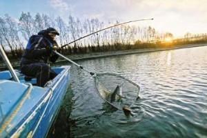 Ловля трофейного судака на озёрах